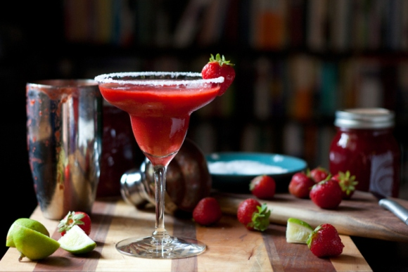 http://localkitchenblog.com/2015/07/02/strawberry-habanero-margarita-mix/